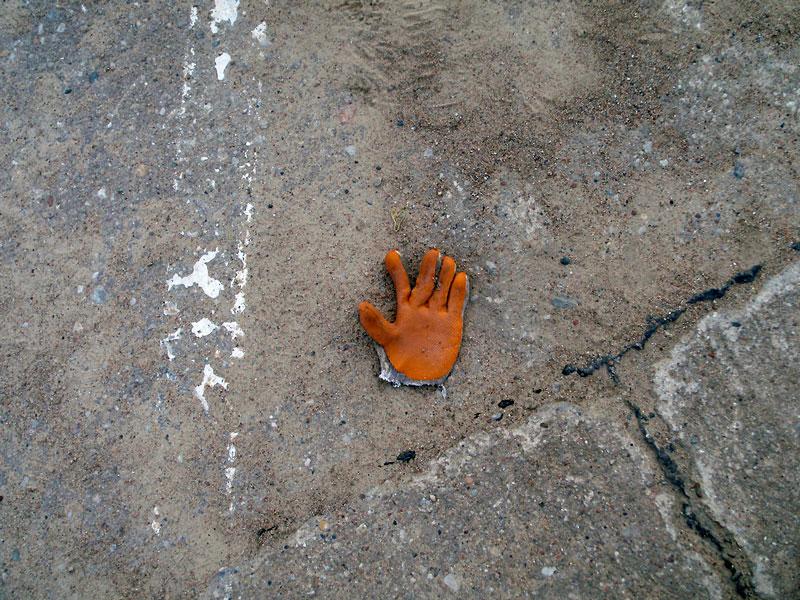 Orange-glove-idea-2014